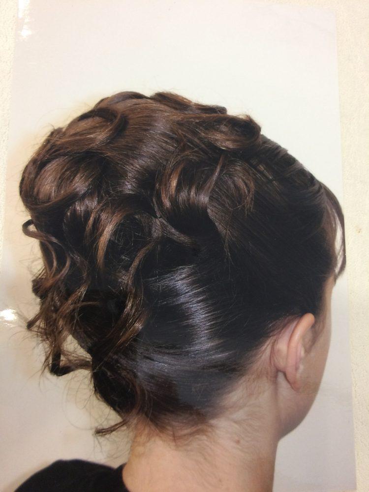 Coiffure cheveux court gala